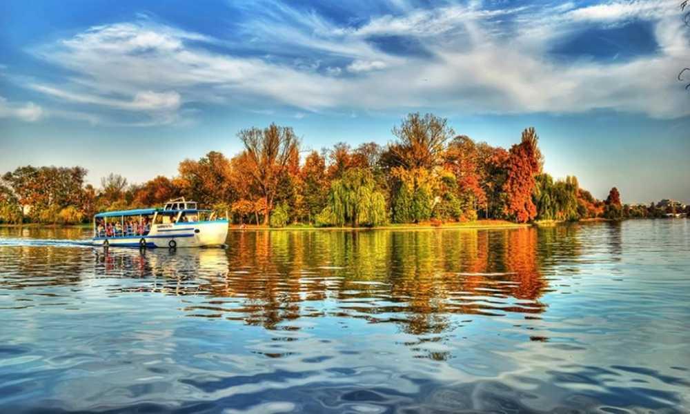 Vaporas Lacul Herastrau