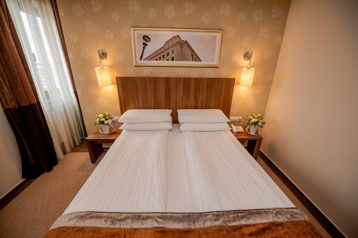 hotel_ambasador_cazare